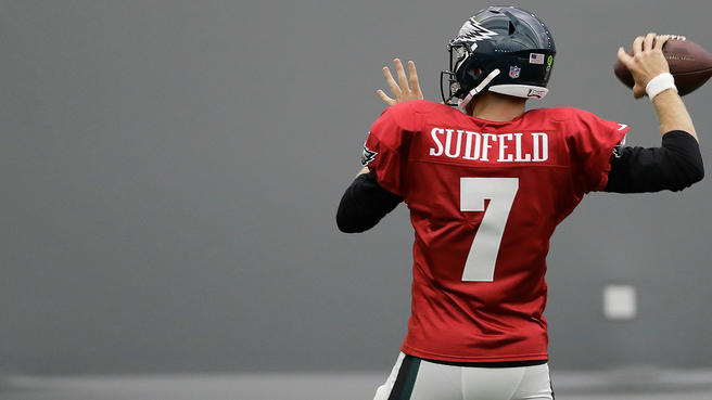 Here's Why the Eagles Should Stick with Nate Sudfeld as ...