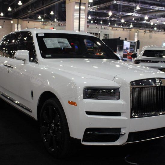 (Rolls-Royce Dawn // Photo by Candis R. McLean)